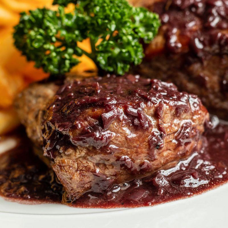 限平日午間/ 商午套餐 - 牛菲力側&紅酒醬+薯條 Slice of Filet with Fries
