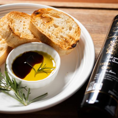 黑金限量版 極早摘 頂級第一道冷壓初榨橄欖油 (3瓶)