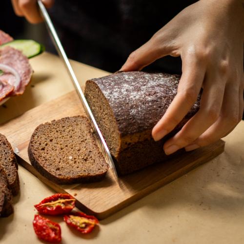 俄羅斯傳統裸麥酸麵包 / Borodinsky