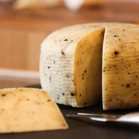 福爾摩沙黑胡椒乳酪 / Formosa Black Pepper